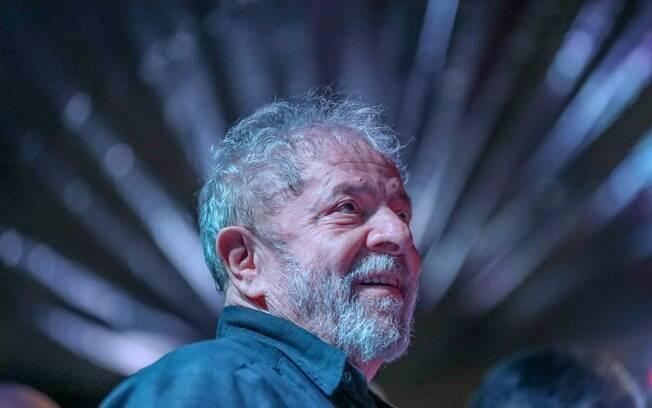 Luiz Inácio Lula da Silva teve prisão ordenada pelo juiz Moro após STF negar habeas corpus
