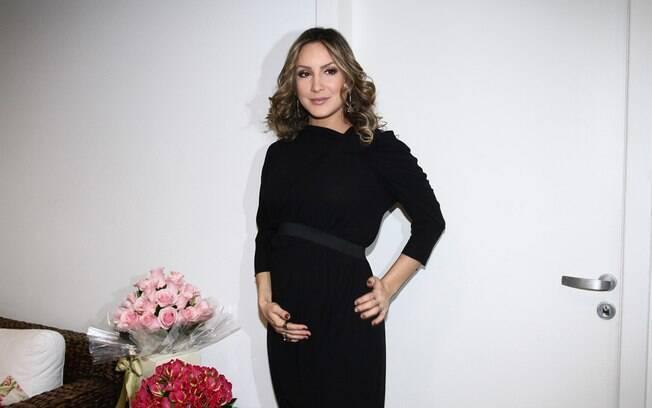 """Claudia Leitte: """"Essa gravidez está passando muito rápido, nem me dei conta que ela começou e já está acabando"""""""