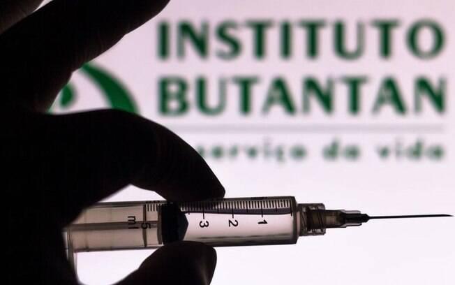 Vacina é produzida pelo Instituto Butantan