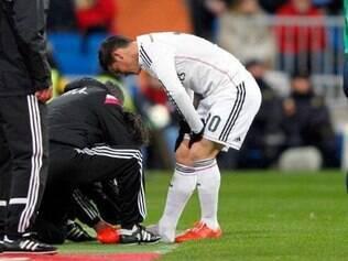 James Rodriguez sentiu um incômodo no pé e foi substituído