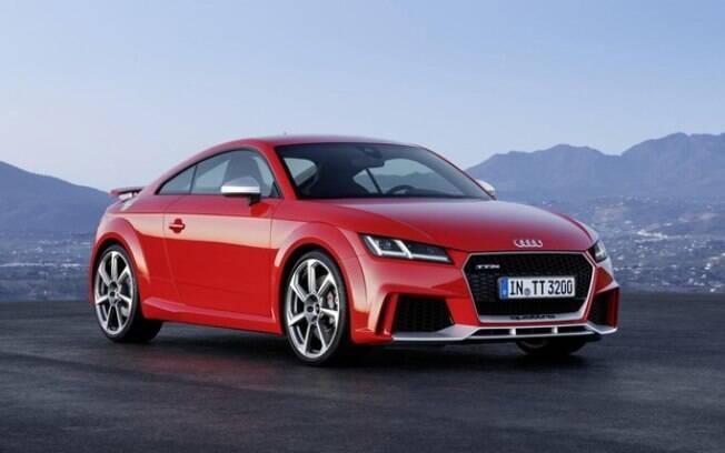 Audi TT RS:  versão mais potente do cupê esportivo vai chegar ao Brasil no primeiro trimestre do ano, com certo atraso