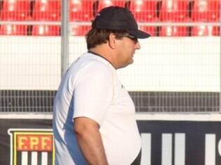 Guto Ferreira não resistiu à segunda derrota seguida no Campeonato Brasileiro