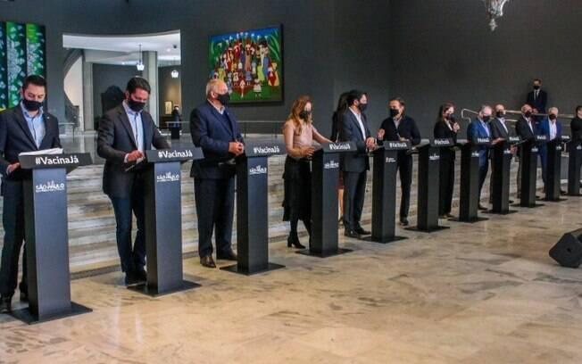 AO VIVO - SP faz anúncios sobre pandemia de covid-19