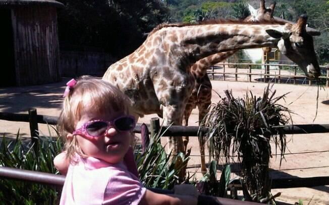 Ticiane Pinheiro levou a filha Rafaella para um passeio no zoológico de São Paulo