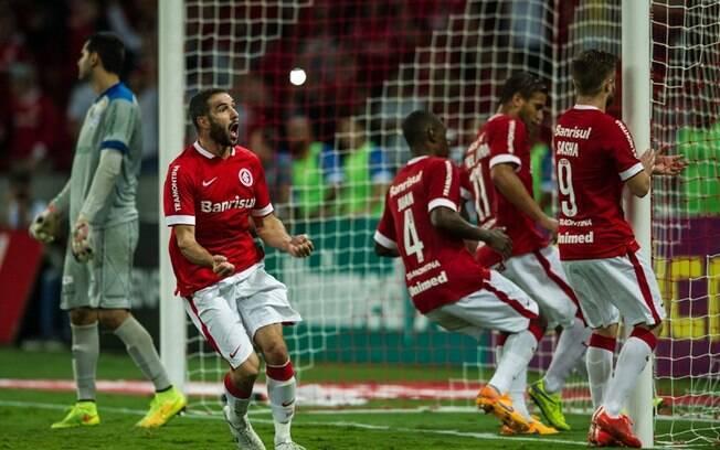 Lisandro López entrou no segundo tempo contra o Cruzeiro-RS, empatou o jogo e foi o grande nome da semifinal deste ano