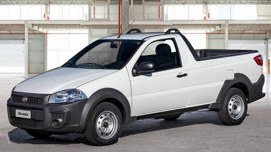 Fiat Strada Hard Working: modelo com foco em frotistas foi produzido sem muitas alterações desde 1998