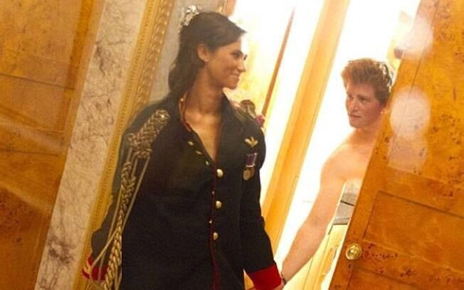 A fotógrafa clicou situações imaginárias entre Pippa Middleton e o Príncipe Harry