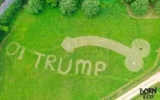 Trump é recebido na Inglaterra com pênis gigante desenhado em gramado