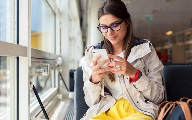 Os aplicativos no celular ajudam na hora de fazer uma viagem a fazer roteiros turísticos