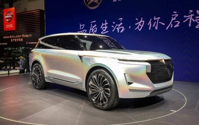 Venúcia X: protótipo da chinesa Dongfeng não faz cerimônia em mostrar traços dos SUVs de luxo da Range Rover