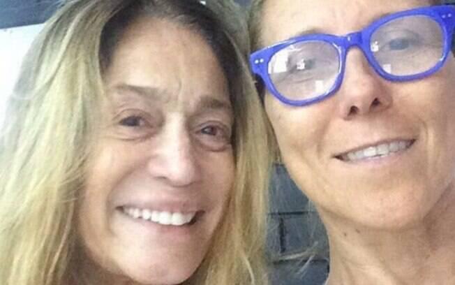 Aos 74 anos, Susana Vieira posta foto sem maquiagem e ganha elogio de fãs na web