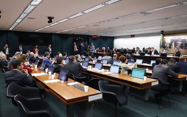 Comissão especial da Câmara aprovou o texto da reforma da Previdência