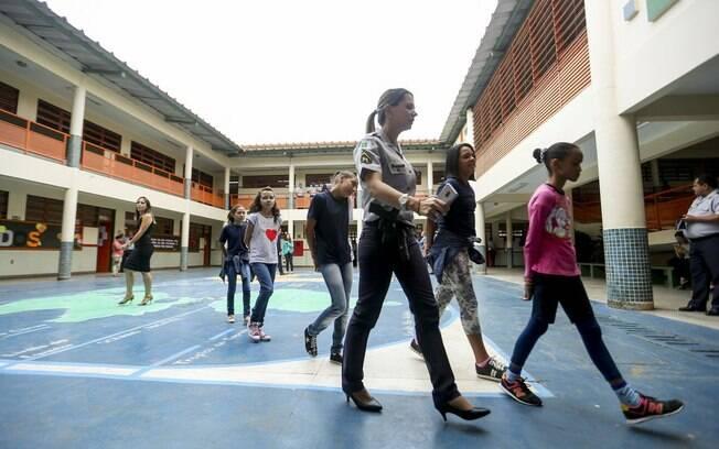 MEC vai liberar R$ 54 milhões para o programa em 2020, sendo R$ 1 milhão por escola.