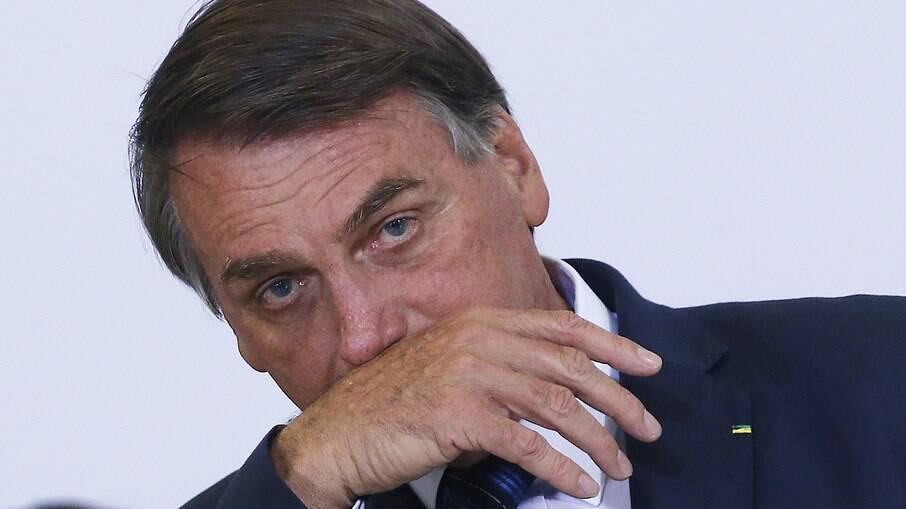 Com avaliação ruim, Bolsonaro vê maioria apoiar seu impeachment
