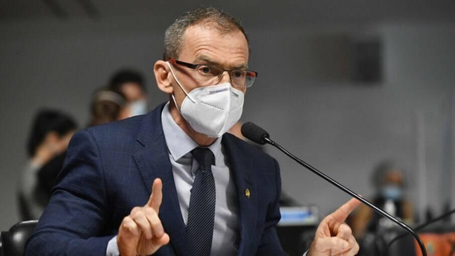 Senador Fabiano Contarato (Rede Sustentabilidade)