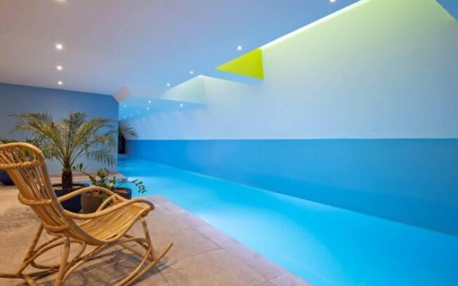 A piscina do hotel Parister tem 18 metros de comprimento.