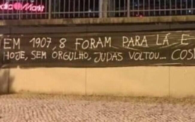 Torcedores do Benfica protestaram contra Jorge Jesus