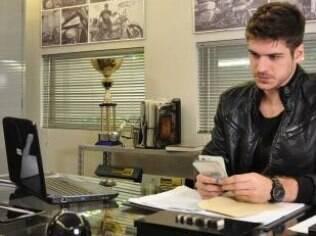 Rafael contratou Leandro para trocar peças originais das motos em desmanche