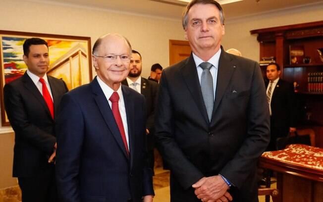 Bolsonaro autorizou emissoras de TV a recriarem sorteios e concursos