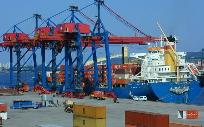 Prejuízo no porto de Santos chegou a R$ 1,5 bi, estima Sindamar neste sábado (2)