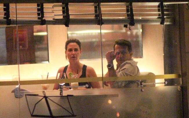Guilhermina Guinle e Leonardo Antonelli conversaram bastante durante o jantar no Leblon
