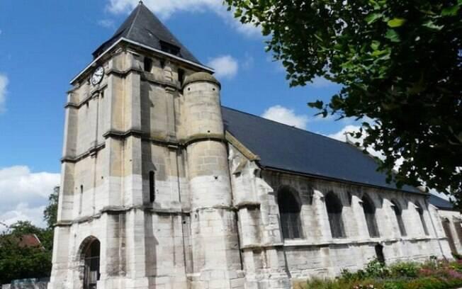 Igreja de Saint-Etienne-du-Rouvray: terroristas fizeram freiras e frequentadores reféns durante missa no local