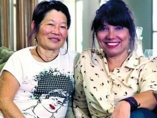Encontros. Documentarista Susanna Lira (à direita) encontra Rioco Kayano, presa e torturada pela Ditadura
