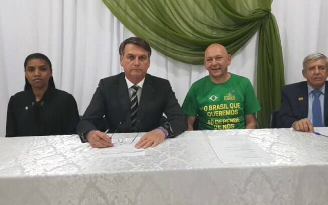 Luciano Hang, dono da Havan, foi condenado por pedir votos a Bolsonaro