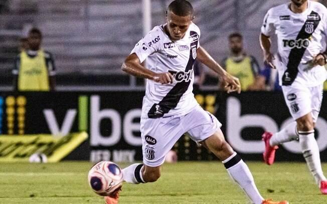 Meia João Paulo troca Ponte por clube da série A