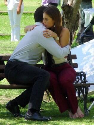 Malvino Salvador e Paolla Oliveira em cena de 'Amor à Vida'