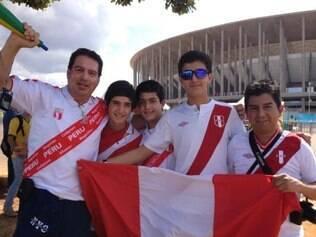 Ricardo, veio de Lima ao lado de amigo e familiares para ver, em Brasília, seu único jogo nesta Copa