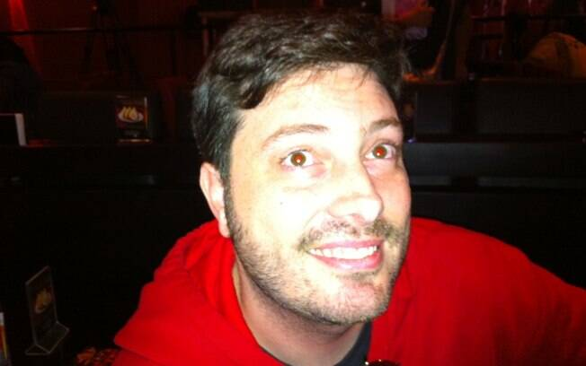 Danilo Gentili grava clipe para divulgar sua casa noturna