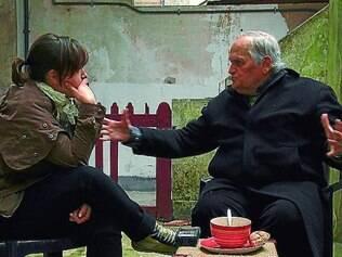 Escobar X Escobar: Filha confronta o abandono do pai em um duelo fílmico