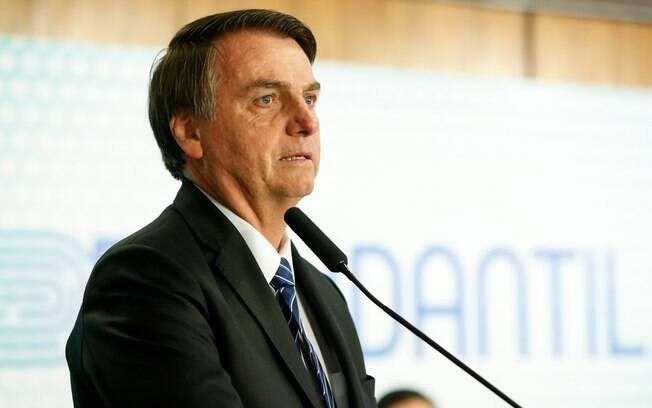 Bolsonaro não pôde viajar para Letícia por restrições médicas; presidente vai fazer uma cirurgia esta semana