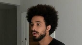 """Mulher diz que cabelo black power de jovem é """"horroroso""""; veja vídeo"""