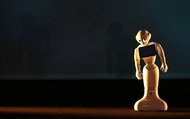 Pepper, robô humanoide da SoftBank e da Aldebaran, foi anunciado no Japão