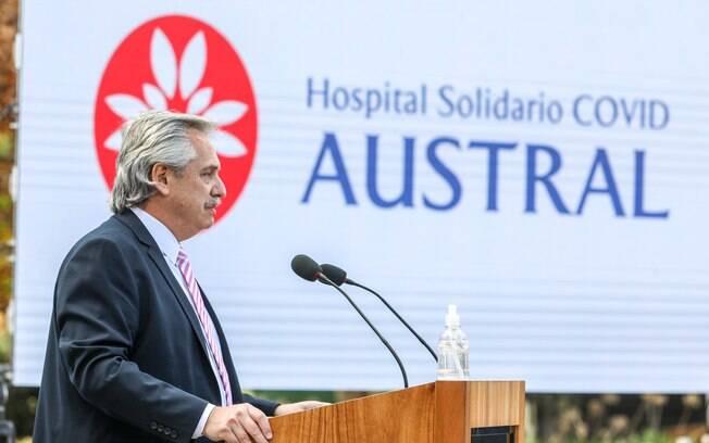 Presidente Alberto Fernández elogiou combate ao vírus, mas ressaltou que problema ainda persiste