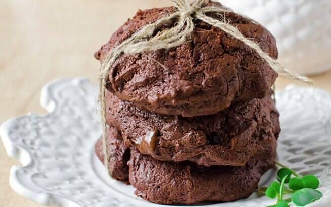 Biscoito de chocolate tem cara de receita da vovó