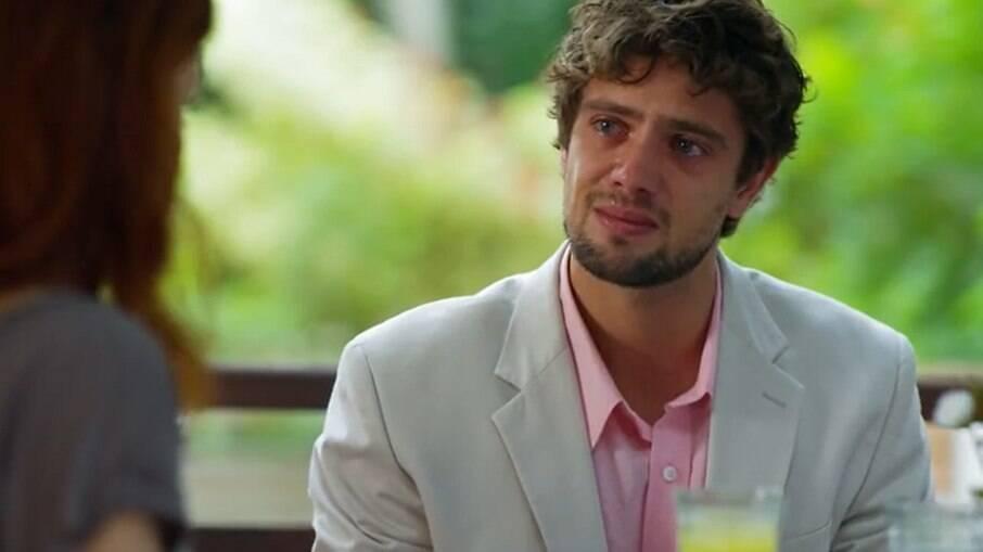 Rodrigo confessa que ainda pensa em Ana