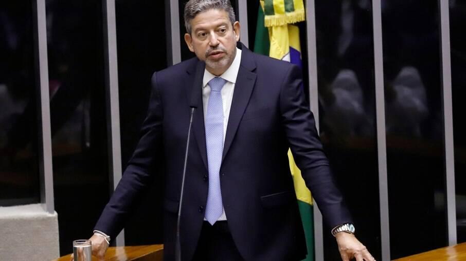 Sob comando de Arthur Lira, centrão busca 'afrouxar' regras eleitorais e políticas
