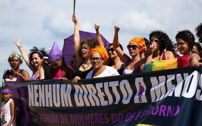 Mesmo com protestos contra o machismo, muitos casos de assédio e violência contra a mulher continuam acontecendo