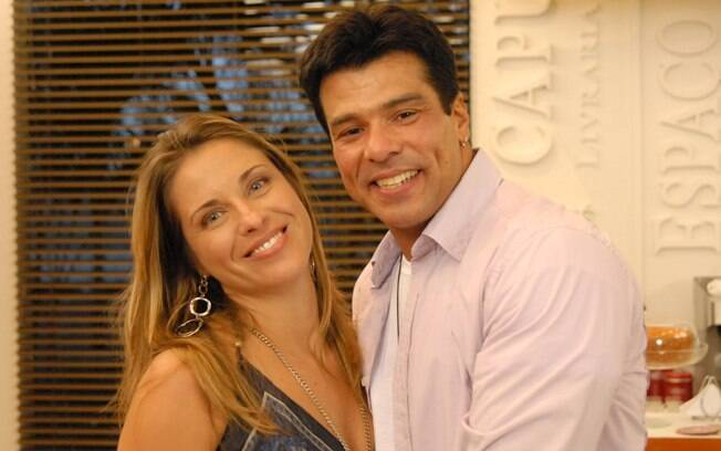 Em 2009, Maurício Mattar - com Dayse Braga - foi outro astro que atuou em uma temporada de