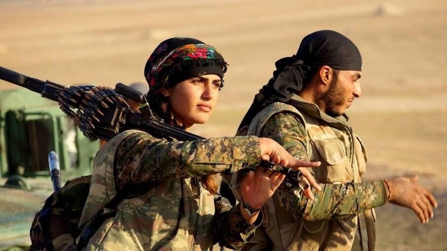 Organização de mulheres curda se solidariza a Afeganistão e critica países da OTAN por tomada de poder do Talibã