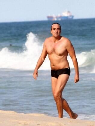 Alexandre Borges: banho de mar no final da tarde
