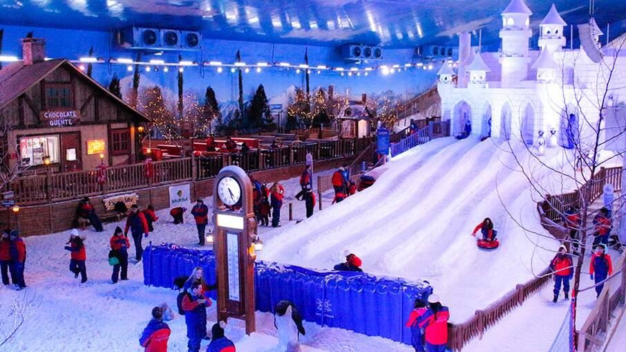 O Snowland é o primeiro parque de neve indoor do país