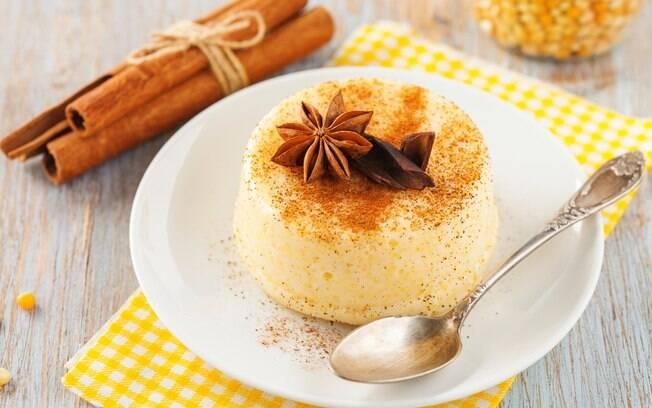 O curau, tradicional doce de festas juninas, é fácil e rápido. Clique aqui e veja a receita