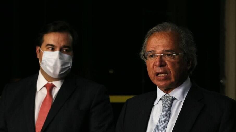 Paulo Guedes, ministro da Economia, e Rodrigo Maia, presidente da Câmara, enfrentam desentendimento público