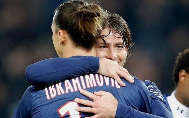 Com dois gols e duas assistências,  Ibrahimovic comandou goleada por 4 a 0 sobre  Troyes na 14ª rodada. Foi o reencontro do PSG com  a vitória após três jogos