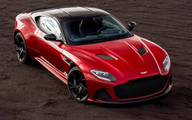 Aston Martin DBS Superleggera: o esportivo britânico revive o espírito do carro de James Bond, dos anos 60