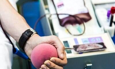 Reino Unido inicia testes de tratamento com plasma de recuperados